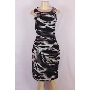 ANN TAYLOR BLACK/BEIGE SLEEVELESS RUCHED DRESS 10